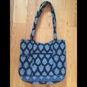 NWOT Vera Bradley Calypso Quilted Bucket Bag